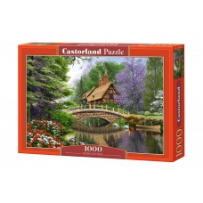 Castorland  1000 - House near the river